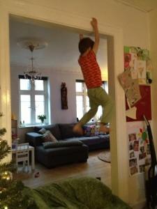 Seks-årige Mateus de Santana Carlsen er et af klubbens nye medlemmer, og han nøjes såmænd ikke med kun at klatre i klubben